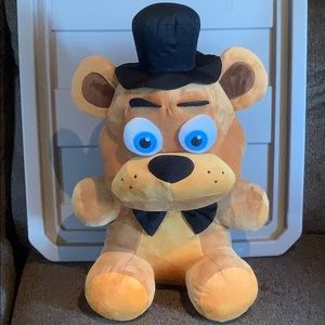 "Funko FNAF 20"" Freddy Plush—LIKE NEW"